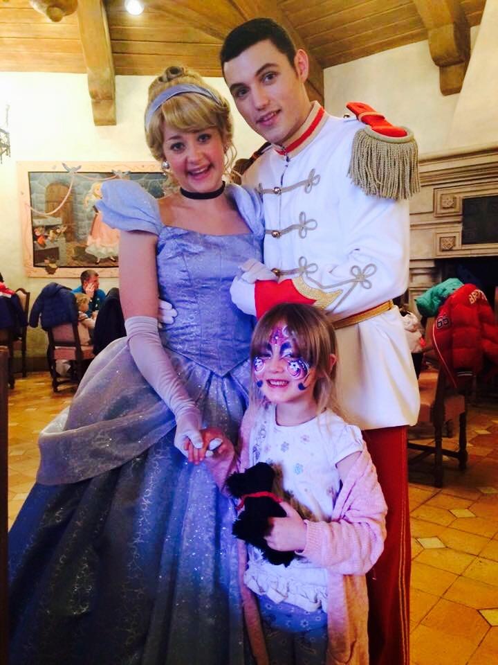 Auberge de Cendrillon Princess Interaction
