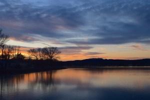 lake-sunset_640