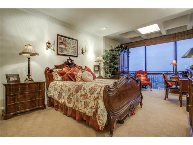Athena unit 1416 Guest Room