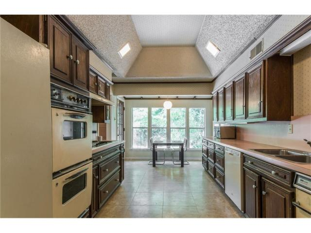 10225 Betty jane Lane kitchen1