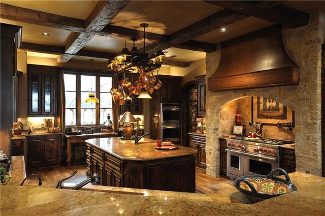 10707 kitchen