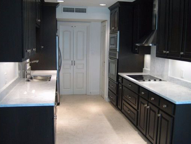 Another Imperial House renovated kitchen this one priced at $179 per foot.