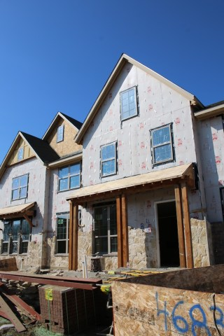New townhomes being constructed in North Dallas. Photo: Lisa Stewart Photography