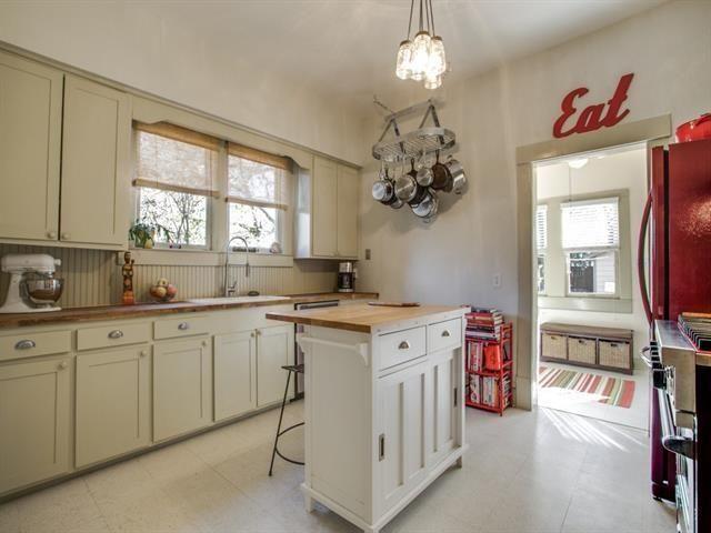 130 N. Edgefield Kitchen