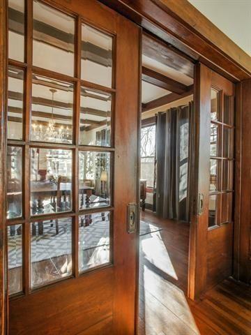 130 N. Edgefield Pocket Doors