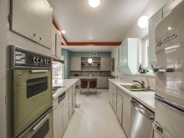 3356 Merrell Kitchen 2