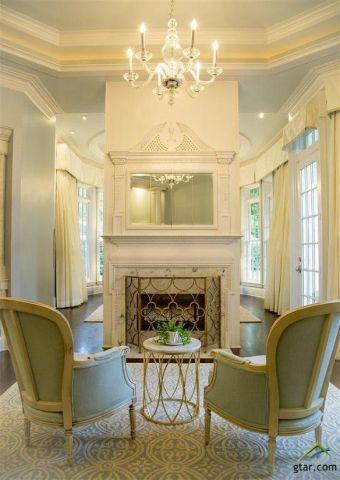 neoclassical estate