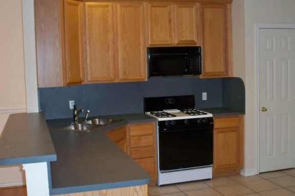 La Vista Kitchen