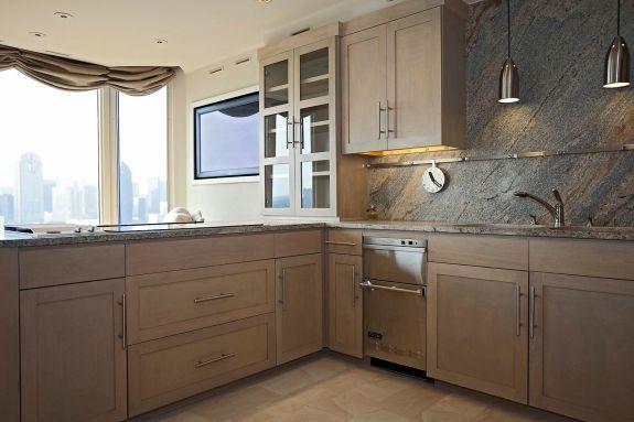 LaTour penthouse kitchen 2