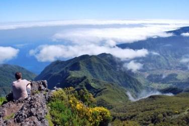 vue-sur-les-montagnes_128664_pgbighd