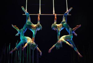 cds_vk_triple-trapeze_belinda-pratten_39_march-2007