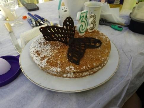 Gâteau au chocolat blanc et aux fraises3