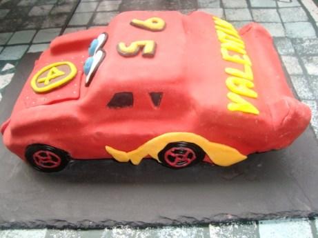 Gâteau cars en pâte à sucre2