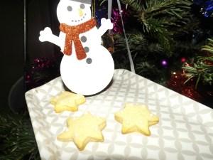 Sablés étoiles de Noël.jpg
