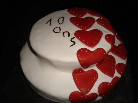 Gâteau anniversaire Mélissa ( 10 ans ).jpg