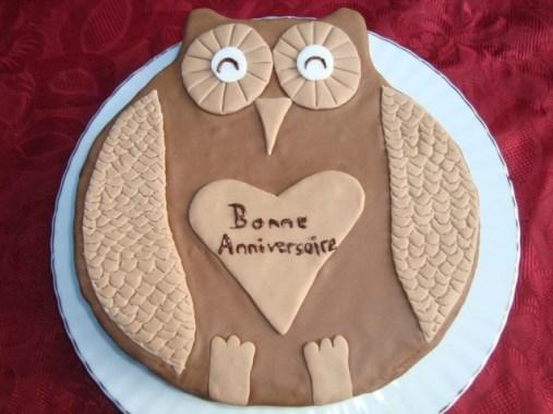 Gâteau chouette en pâte à sucre.jpg