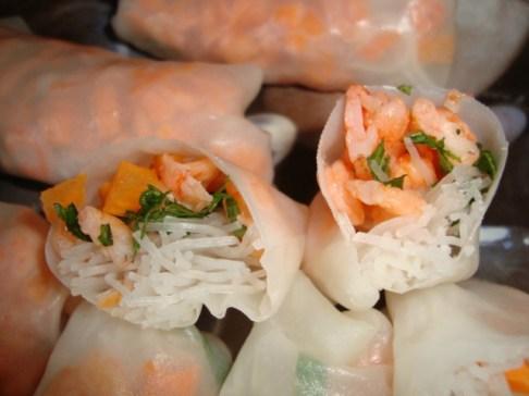 rouleaux de printemps classiques ( crevettes, carotte et menthe )4