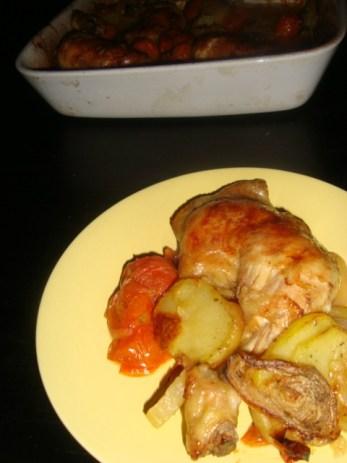 Cuisses de poulet, pommes de terre et tomates cerise2
