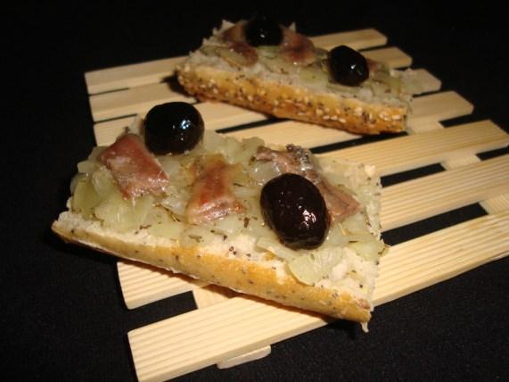 Baguette pissaladière.jpg