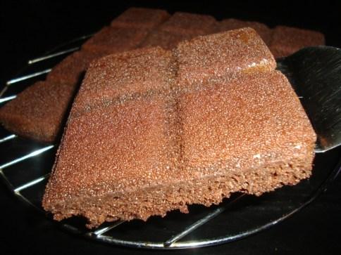 Gâteau au chocolat et à la compote de pomme ( allégé ).jpg