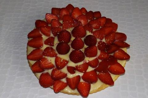 Gâteau aux petits-suisse façon tarte aux fraises2