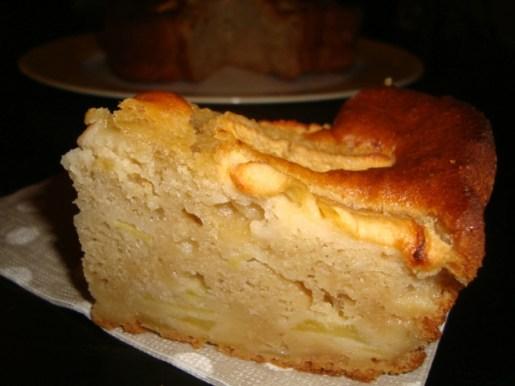 Gâteau aux pommes et aux coings.jpg