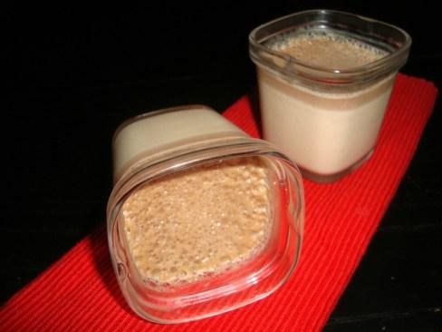Petits pots de chocolat pralinoise ( à la multidélices ).jpg