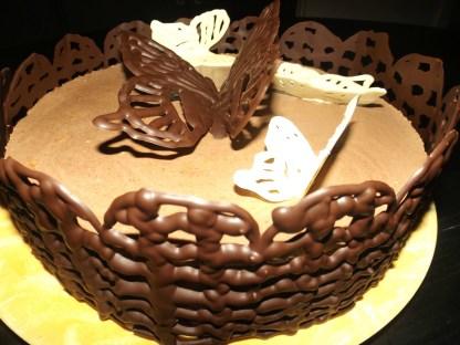 Comment faire un contour en chocolat pour un gâteau2