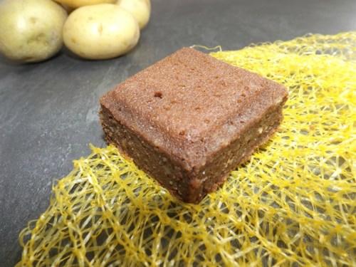 Gâteau au chocolat et à la pomme de terre.jpg