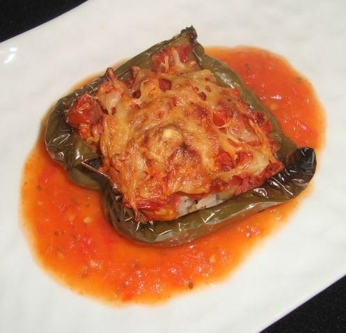 Poivron farci au riz basmati et à la tomate ( recette Veggie ) (2)