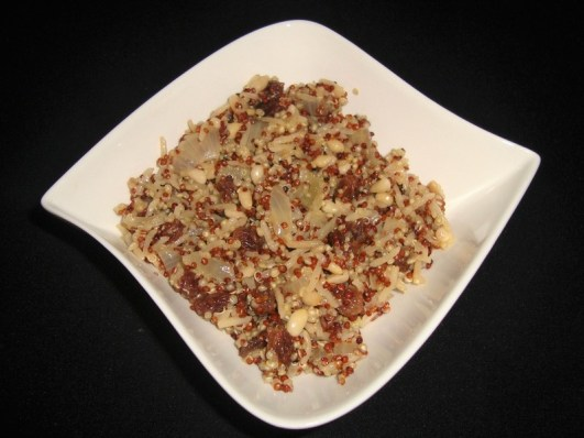 Riz des deux mondes aux raisins secs et pignons ( recette Veggie )