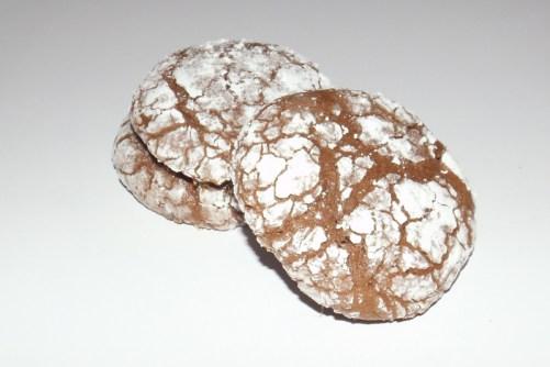 Biscuits craquelés au chocolat et au caramel beurre salé