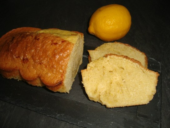 Cake au citron et au lemon curd