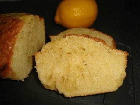 Cake au citron et au lemon curd2