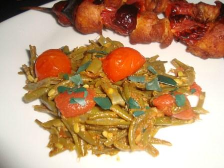 Poêlée de haricots verts et de tomates cerise aux épices CAJUN2
