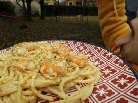 Spaghetti aux crevettes, sauce crémeuse à l'ail et paprika3