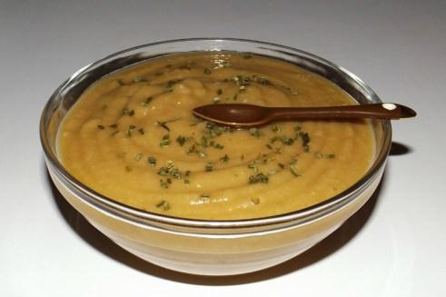 Soupe aux marrons et aux carottes.jpg