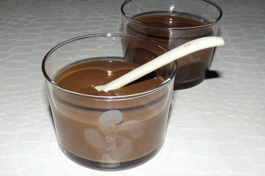 Crème dessert au chocolat façon Danette (sans oeufs)