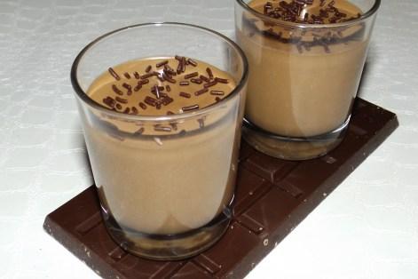 Panna cotta au chocolat noir (facile)
