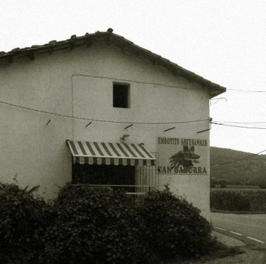 Tenda Can Gaburra en blanc i negre