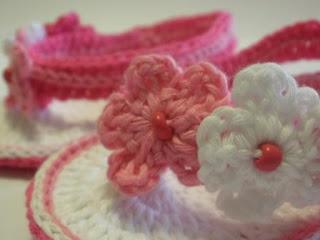 Tığ İşi Yazlık Bebek Patik Çiçek Yapılışı