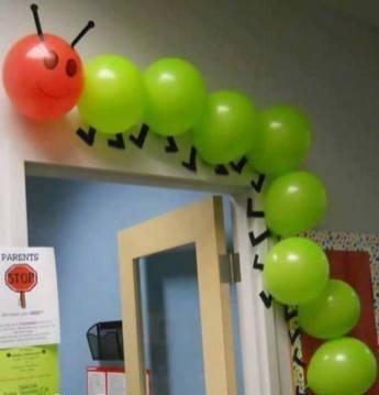 Balon ile uğur böceği ve tırtıl kapı girişi yapılışı