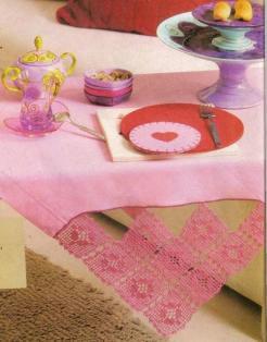 Renkli Masa Örtüsü Örnekleri