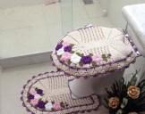 pembe-mor-çiçek-süslemeli-tığ-işi-klozet-takımı