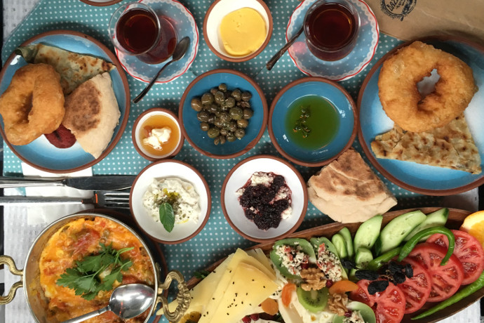 Bazlama Kahvalti breakfast