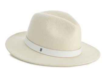 Tommy Hilfifer white hat