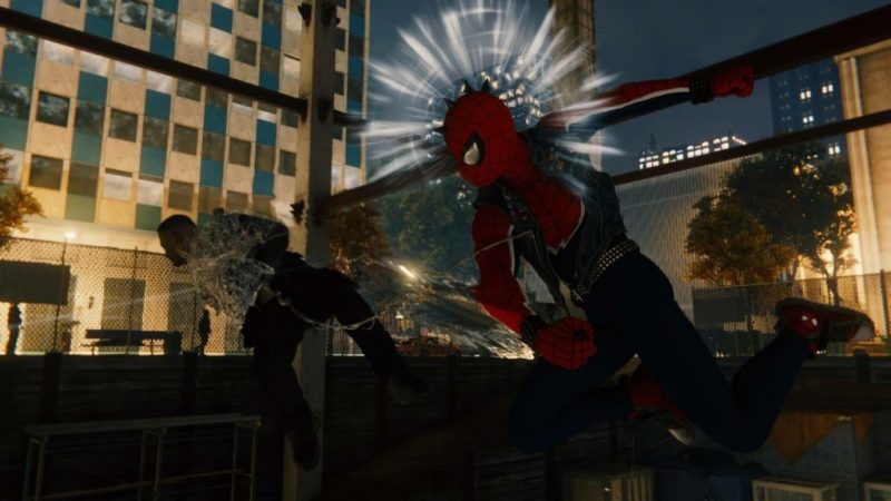 Still of a fight scene with visual indicator that Spider-Man is about to be hit.