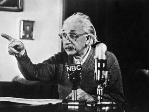 Albert Einstein-rare-pics27