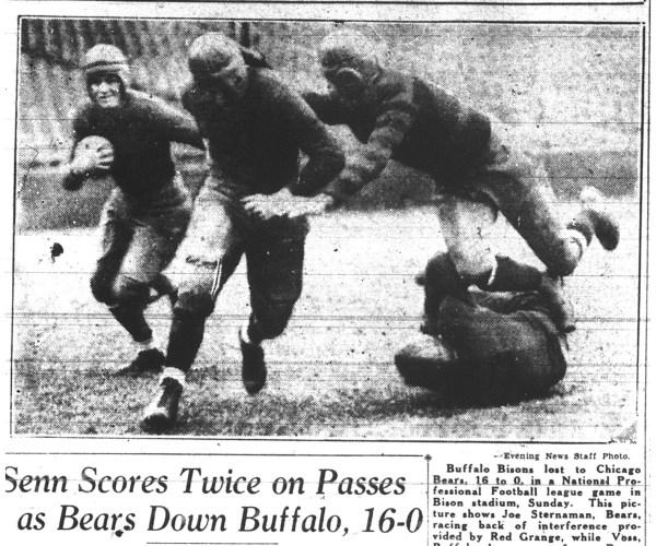 CIBASS NFL 1929-Chicago-bears-play-in-Buffalo