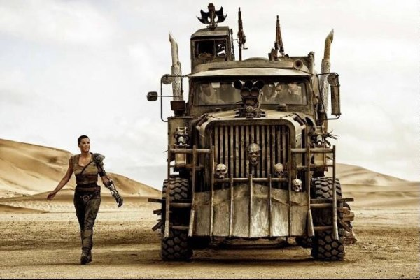 CIBASS Mad-Max-Fury-Road Charlize Theron